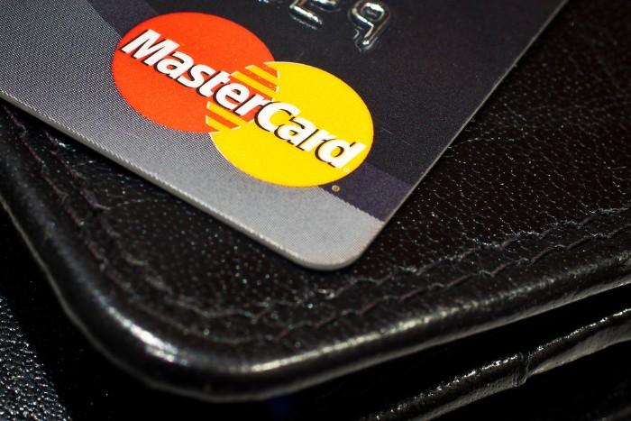 Luottokortti vai kulutusluotto?
